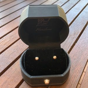 BRAND NEW Silver Stud Earrings